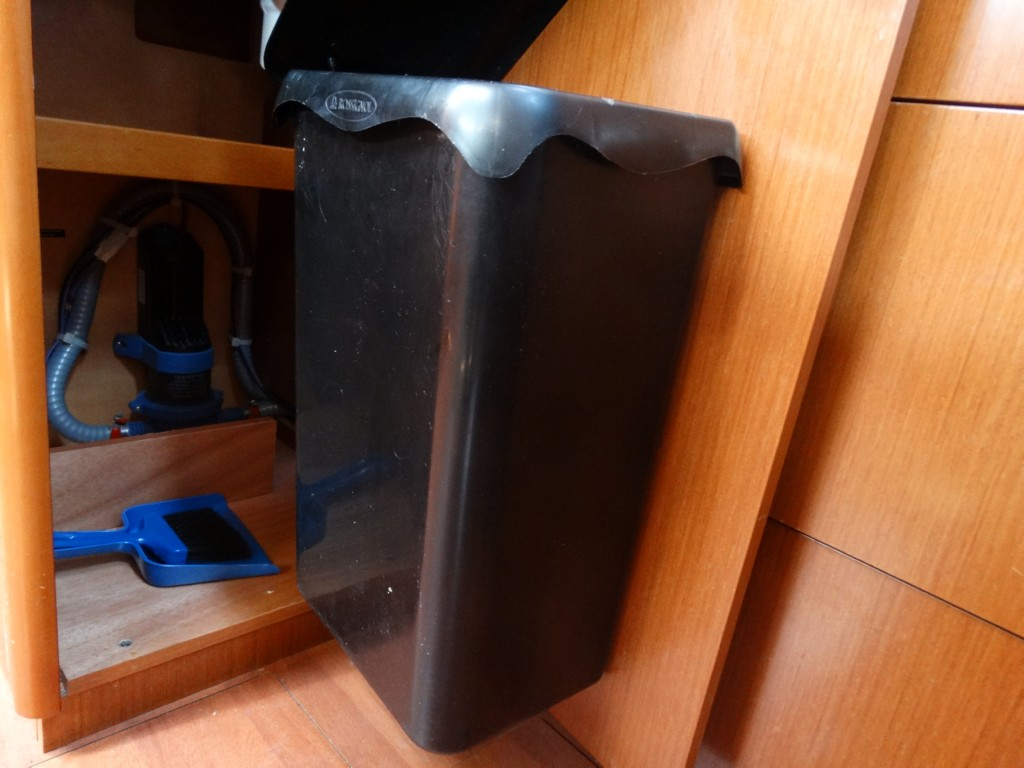26 dustbin
