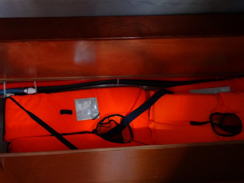 17 lifejackets