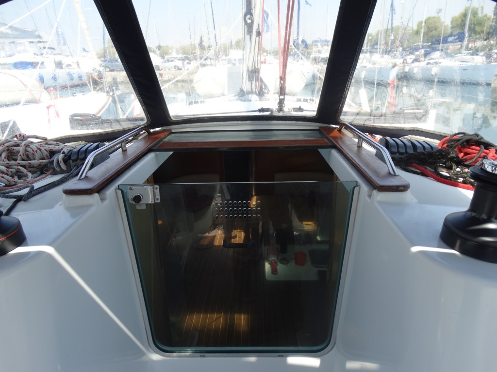 Jeanneau Sun Odyssey 42i 3 Cabins Sailing Yacht Detailed Info Marine Ac Dock Wiring Panel 04 Door