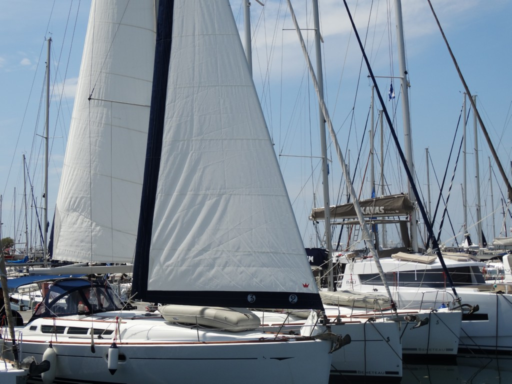 25 main sail, genoa