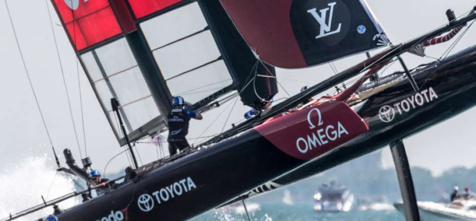Americas cup foiling cats