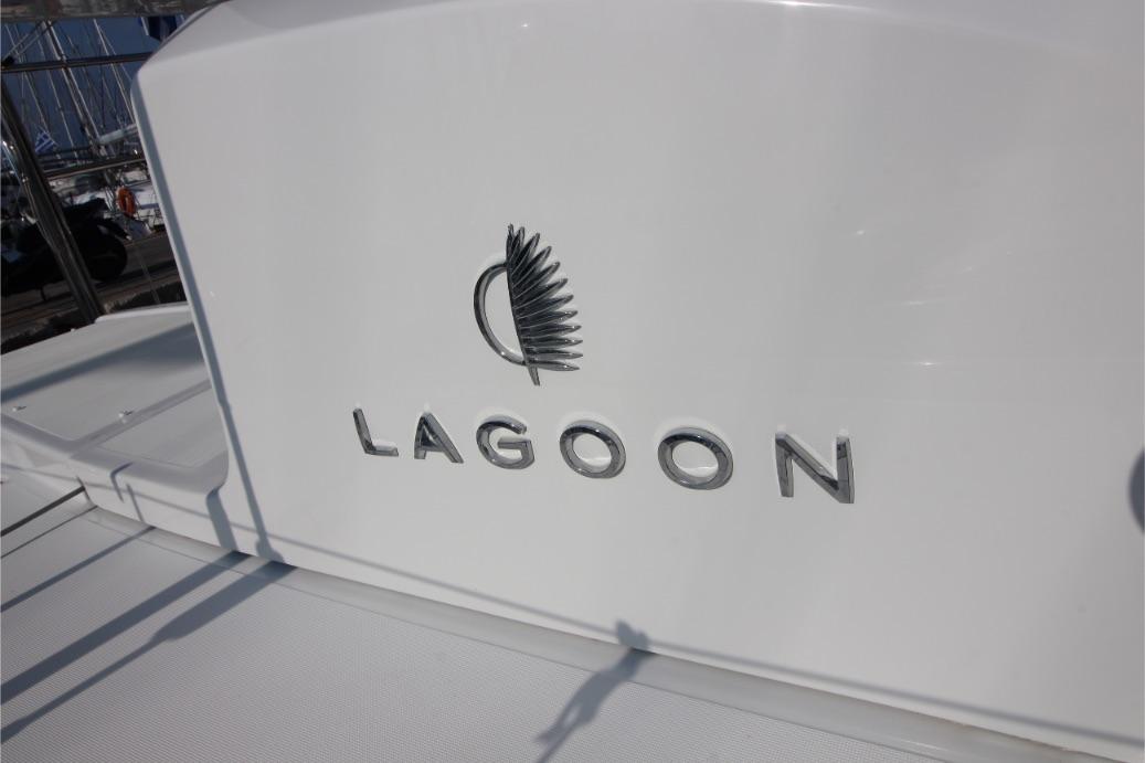 Lagoon 50 42